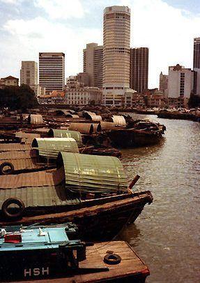 _botte_und_hochhauser_singapur.jpg